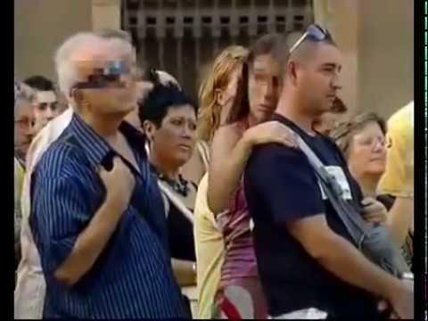 Barselona Ramblas'ta Bayanları Taciz Eden İhtiyar Fortçu