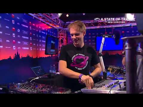 Armin Van Buuren - Empire of Hearts (Live @ A State Of Trance 650 Moscow, 2014)
