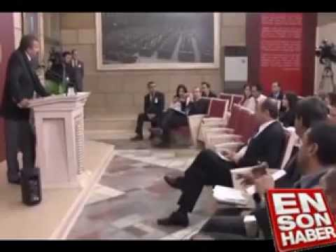Sırrı Süreyya Önder, Serdar Ortaç gibi milliyetçilik şovu yapan gazeteciyle tartıştı