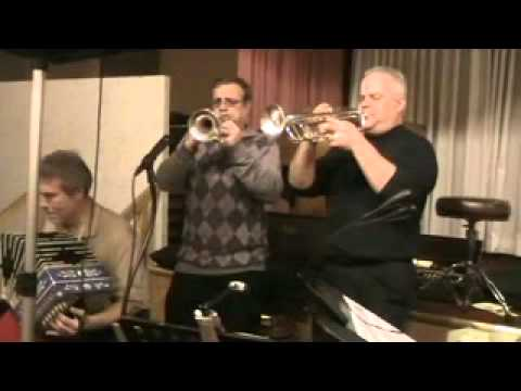 Windy City Brass (2012) - I love to Dance This Polka With You.mp4