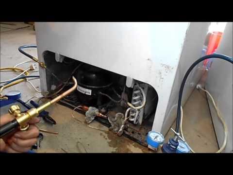 Ремонт холодильников, засор капиллярной трубки