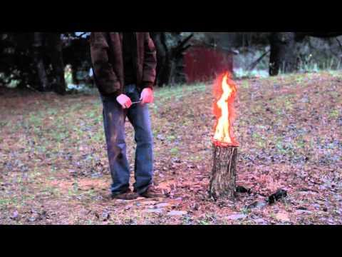 How to Make a Swedish Torch - hogyan készítsünk fáklyát tuskóból