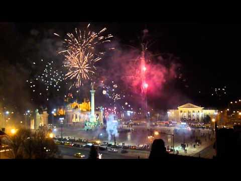 Szilveszter 2015 újévi tüzijáték (Budapest Hősök Tere) * Budapest Fireworks (Heroes Square 2015)