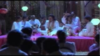 Female Unnikrishnan - Aararivum Thane Azhuswaram | CID Unnikrishnan B.A., B.Ed | MAlayalam Film Song HD