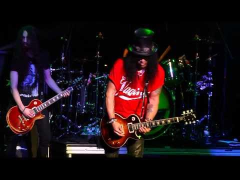 Slash - rocket Queen   Guitar Solo - Ledyard, Ct - 09 05 2014 video