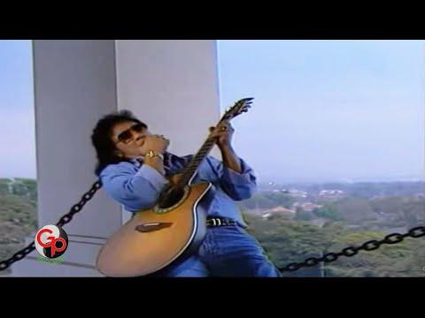 Nafa Urbach Feat. Deddy Dores - Bandung Menangis Lagi video