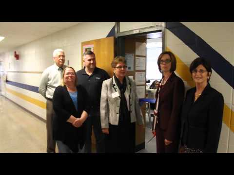 Lakehurst Elementary School Model Classroom Ribbon Cutting