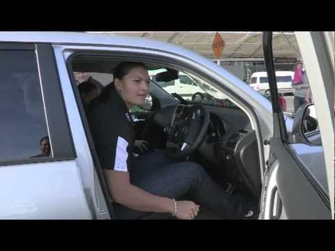 Valerie Adams arrives home to receive her gold medal and new Toyota Prado!