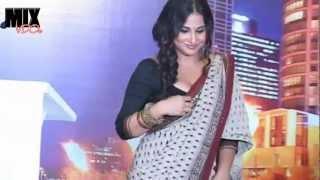 download lagu Vidya Balan Sexy Blouse Drape gratis