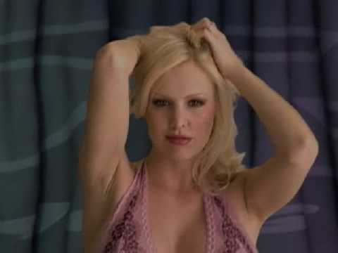 Sexy Girl Christi Shake Part 1