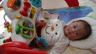 知育玩具・台湾で買ったジムメリーで遊ぶ赤ちゃん - baby vlog