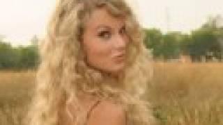 Watch Taylor Swift Sunshine video