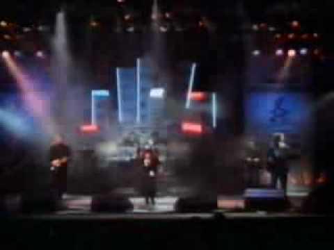 Kate Bush&David Gilmour - Running up that Hill - Live SPB