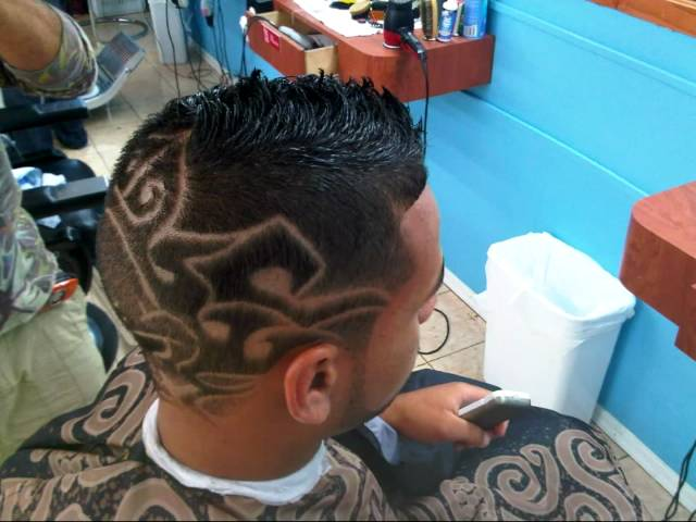Barber Shop - Grandes Ligas Framingham Mass 01702 Hair Stylist Salon de Belleza