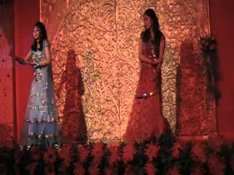 Leja leja re choreographed by Deepshikha Arora for a wedding...