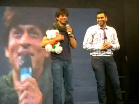 Indians In London: ShahRukh Khan At Zee Carnival 2009 - Better Quality