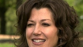 Amy Grant returns to spotlight after a decade