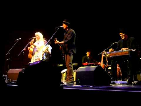 Rodney Crowell and Emmylou Harris - Love Hurts