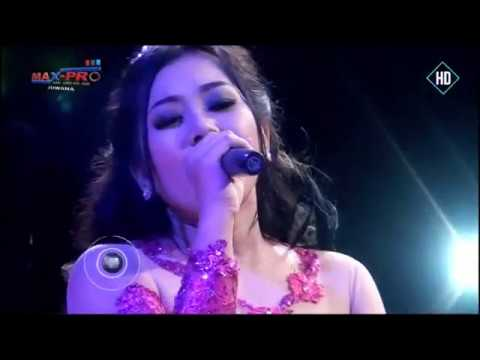 download lagu 11. Gita Cinta - Ayu Arsita Ft Brodin - gratis