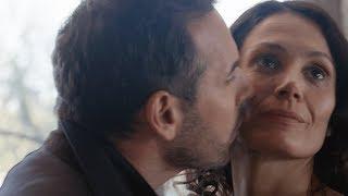 Julien et Alice s'amusent de leur relation secrète (Ep135)