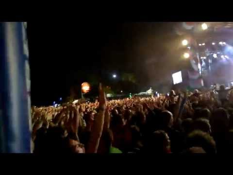 The Black Keys - Lonely Boy  Bilbao Bbk Live 2014 video