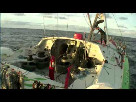 Vendee Globe Sam Davies Sailing Saveol Jury Rigged Back to France. Nov 21.