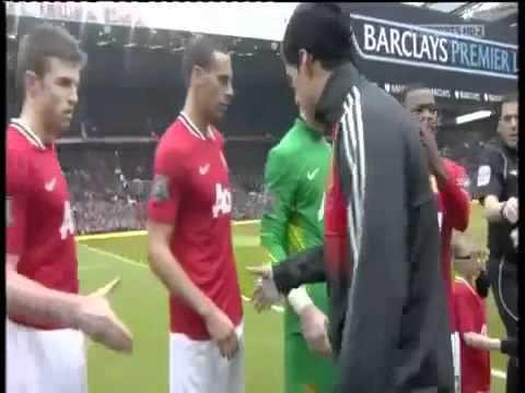 Suarez snubs Evra | Ferdinand snubs Suarez HD
