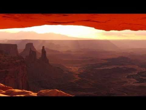 Mesa Arch - Timelapse HD (2009) Island in the Sky, Canyonlands, USA 1/2 (3D Youtube)