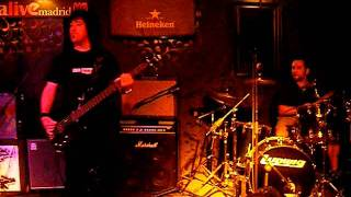 COLD TEMPLE 8-07-2011: STUCK SONG.MP4