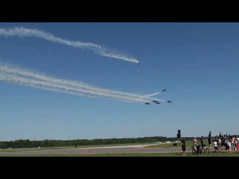 【HD】MCAS Beaufort Air Show 2011 BlueAngels