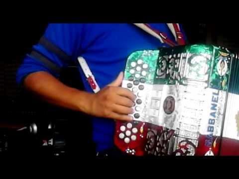 El Corrido Del Diablo De Los Tucanes En Acordeon De Mi Tono Re,(instruccional) video