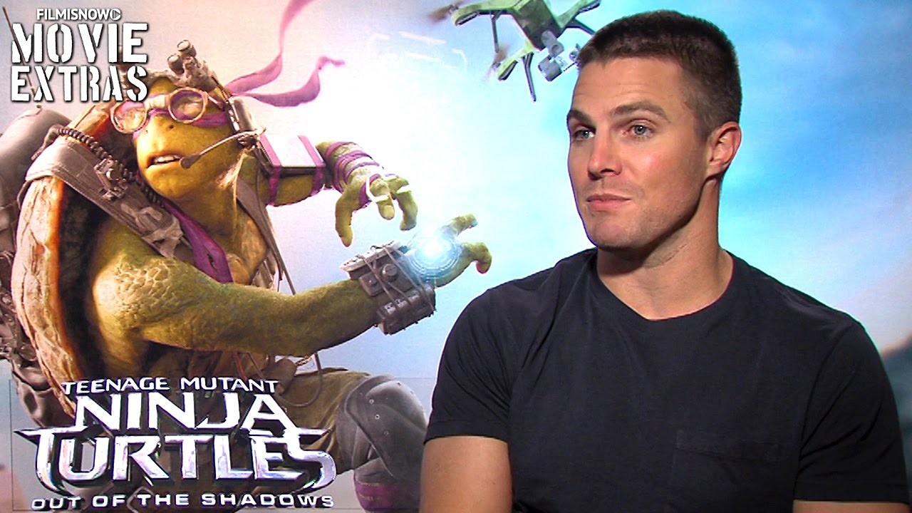 Stephen Amell talks about Teenage Mutant Ninja Turtles Out of the Shadows (2016)