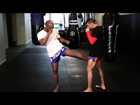 5 Kickboxing Kicking Techniques | Muay Thai Image 1