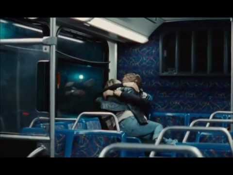 Ryan Gosling & Michelle Williams, Blue Valentine - Autumn Leaves