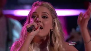 17 Year Old Emily Ann Roberts Sings Dolly Parton 39 S 9 To 5 The Voice