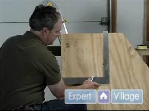 Home Improvement Tools : How to Use a Carpenter Square