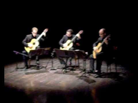 P.Hindemith Rondo - Trio Chitarristico Siciliano