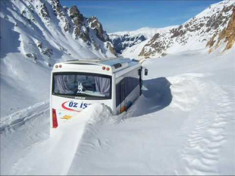 ispir ovit    dağında  kalan   otobüs ü kurtarma çalışmaları.
