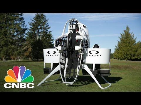 Bubba Watson Shows Off Jet Pack Golf Cart | Squawk Box | CNBC
