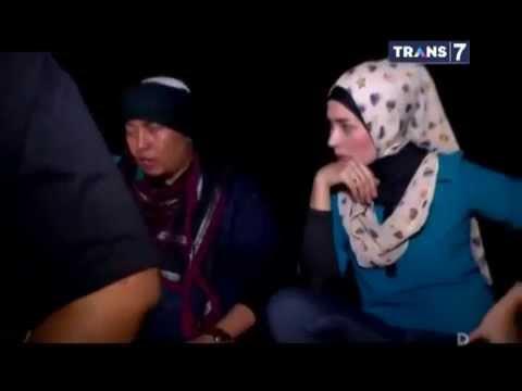 Dua Dunia Eps  Rabu, 7 Januari 2015 • Aura Ghaib Perlintasan Kereta Full video