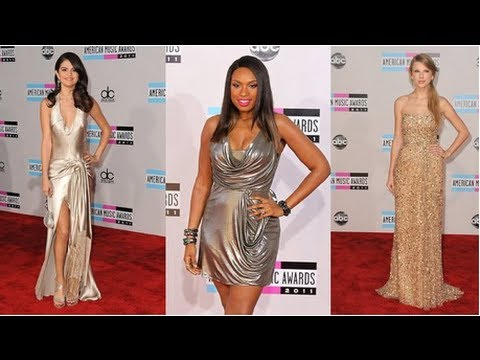 Taylor Swift and Selena Gomez Shine in Shimmery Dresses at the AMAs! thumbnail