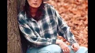 Watch Terri Clark This Ole Heart video