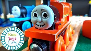 Thomas the Tank Engine Valentine's Day Special Compilation Video for Children | Thomas  and Friends