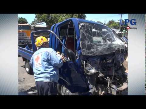 Accidente de tránsito en el Km 31 de la carretera que de San Salvador conduce hacia Santa Ana