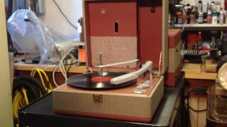 Voice of Music Model 990 Tri-O-Matic Record Player