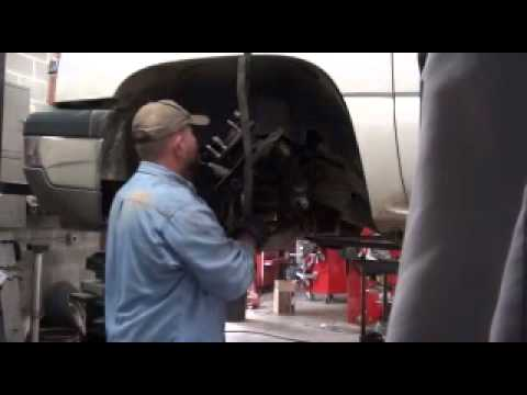 2005 silverado lower ball joints...Old Vid..