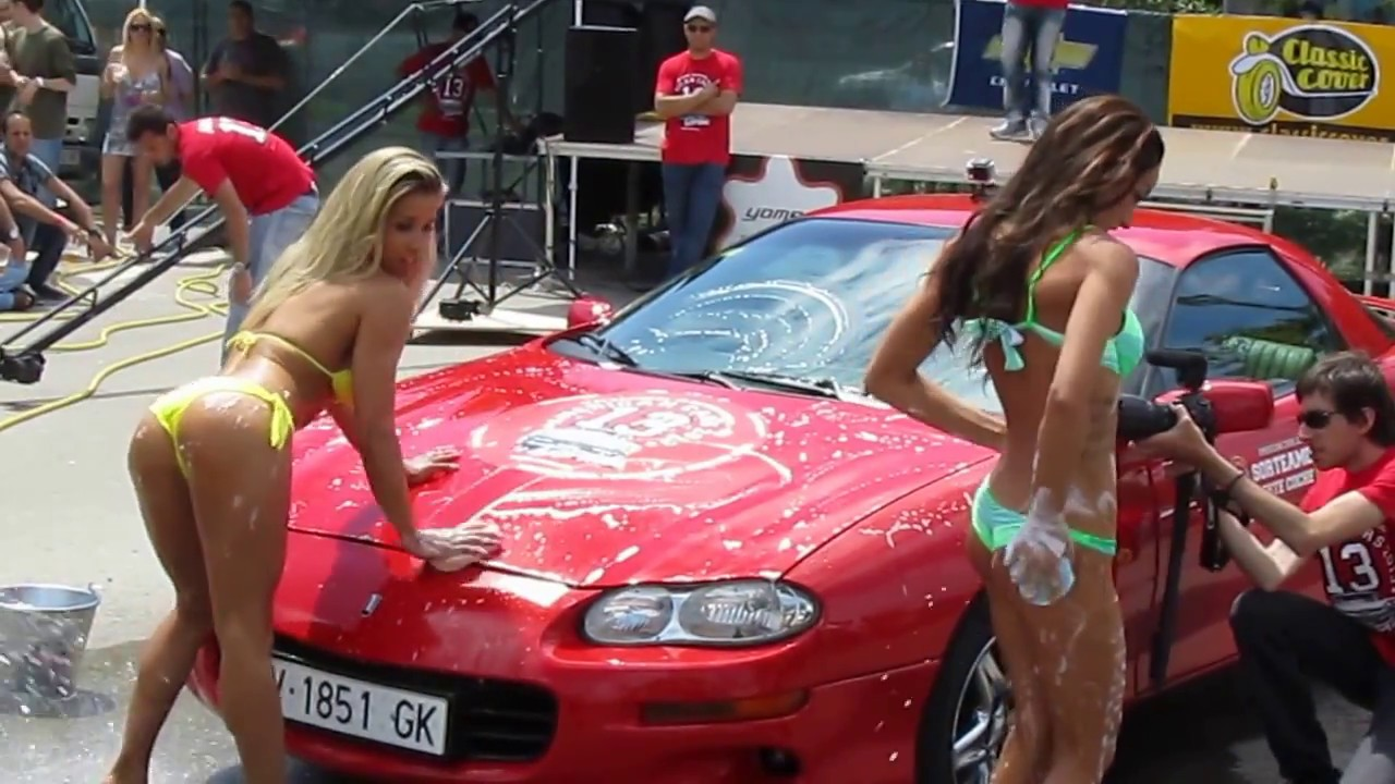 platja d aro 2013 coches americanos car cleaning girls   youtube