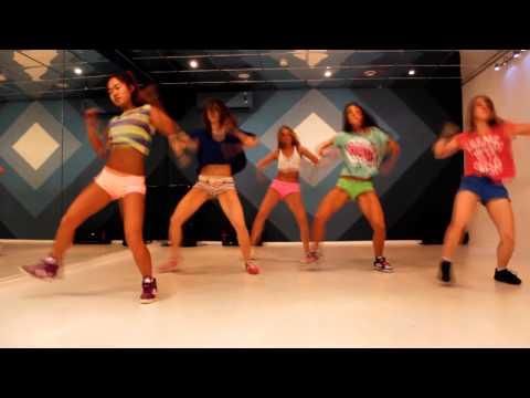 Pop Up Dance Team - 'Suelta' by Daddy Yankee
