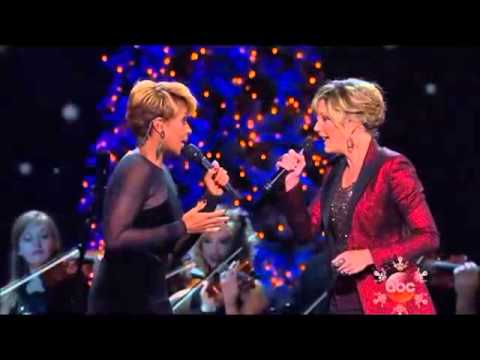 Mary J. Blige & Jennifer Nettles - Do You Hear What I Hear? video