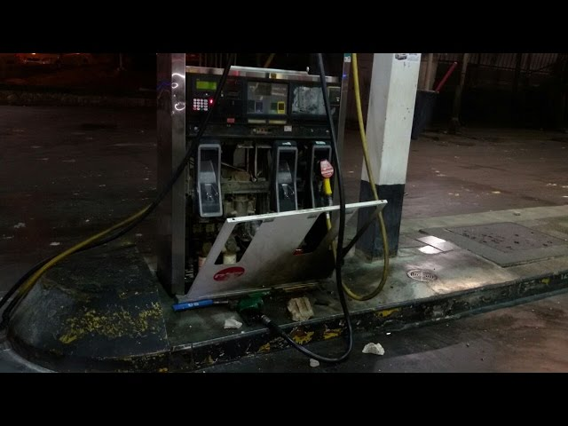 Arab Rioters Attempt to Blow Up Jerusalem Gas Station